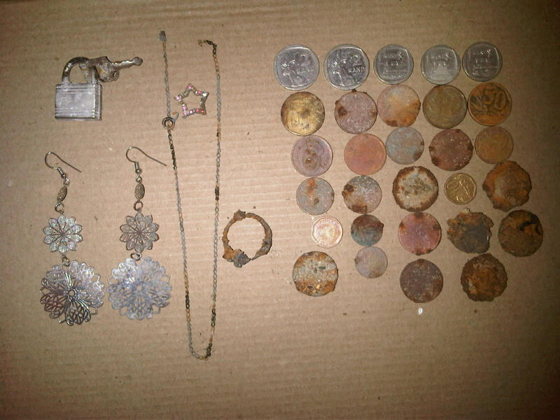 beach metal detecting finds