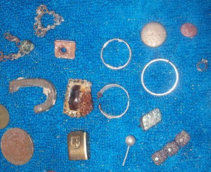Singapore metal detecting finds